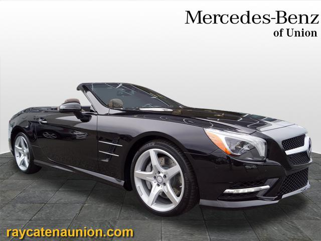 Certified Pre-Owned 2015 Mercedes-Benz SL 400 RWD